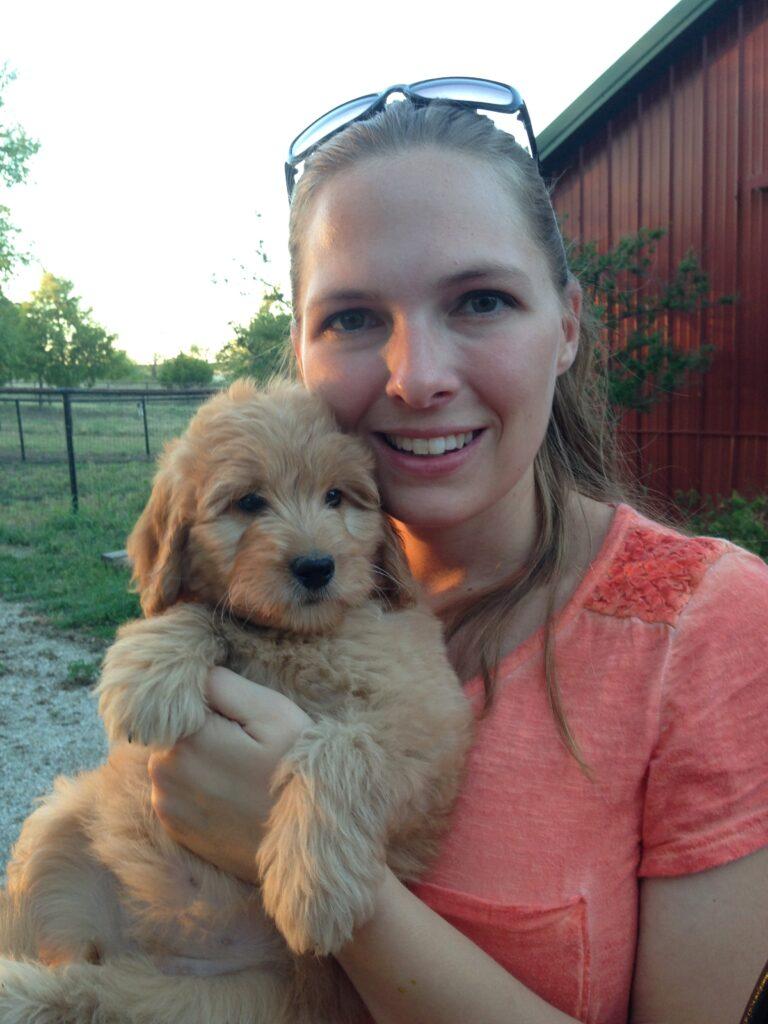 Amanda with mini F1 goldendoodle puppy